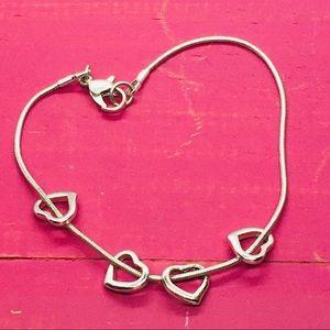 Jewelry - Silver hearts bracelet